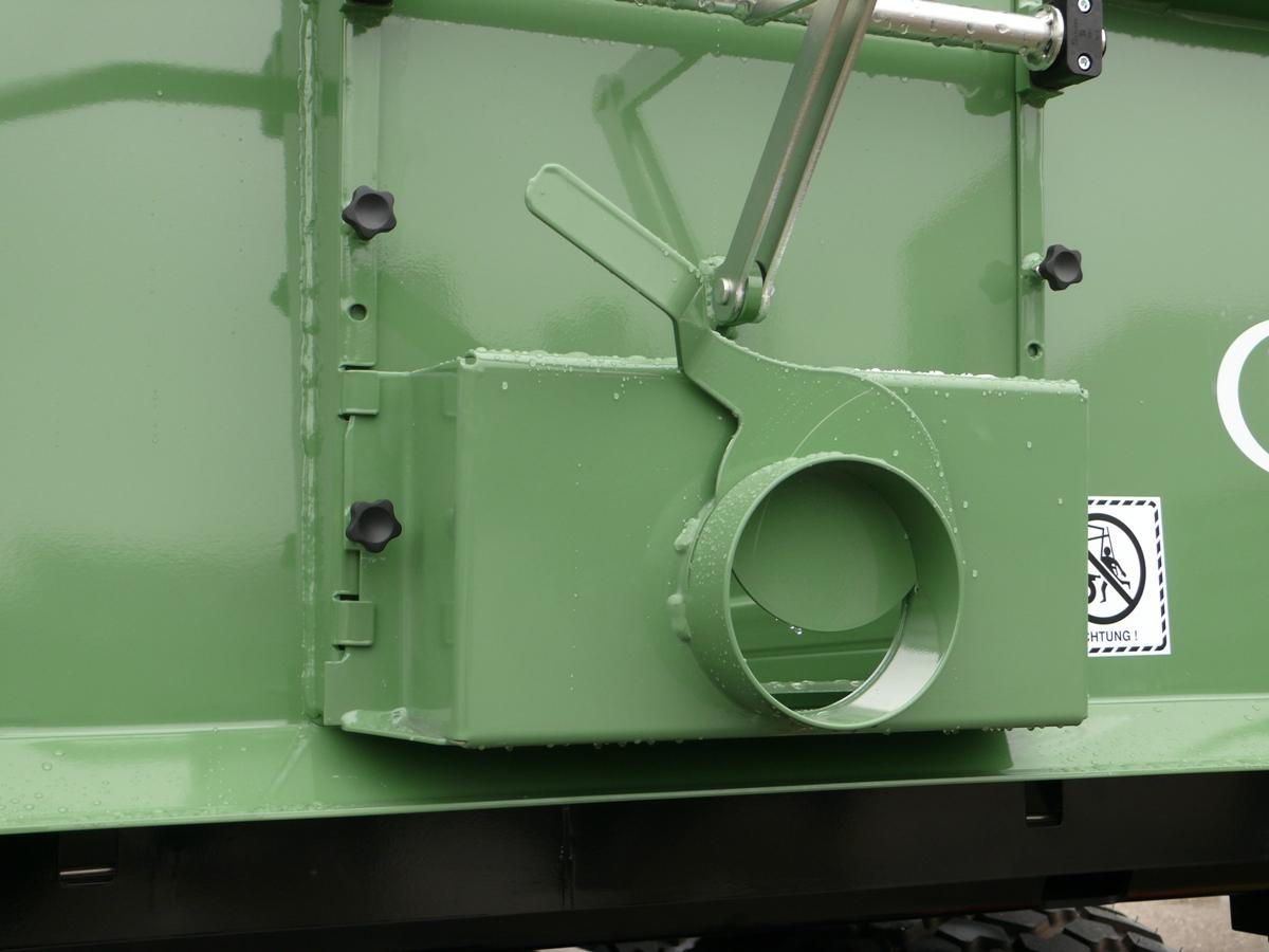 Brantner Kipper und Anhänger - Auslaufgosse mit zusätzlicher Feindosierung
