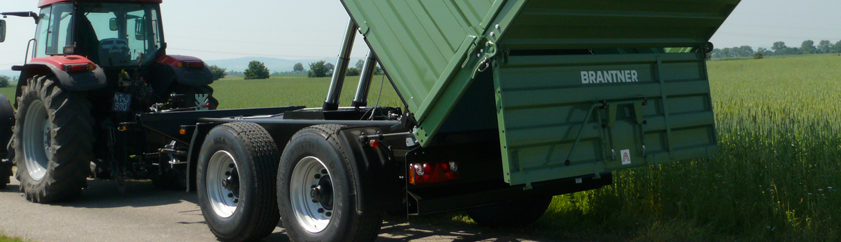 The TA18051/2XXL Tandem-threesidetipper produced by Brantner trailer and tipper production Austria.