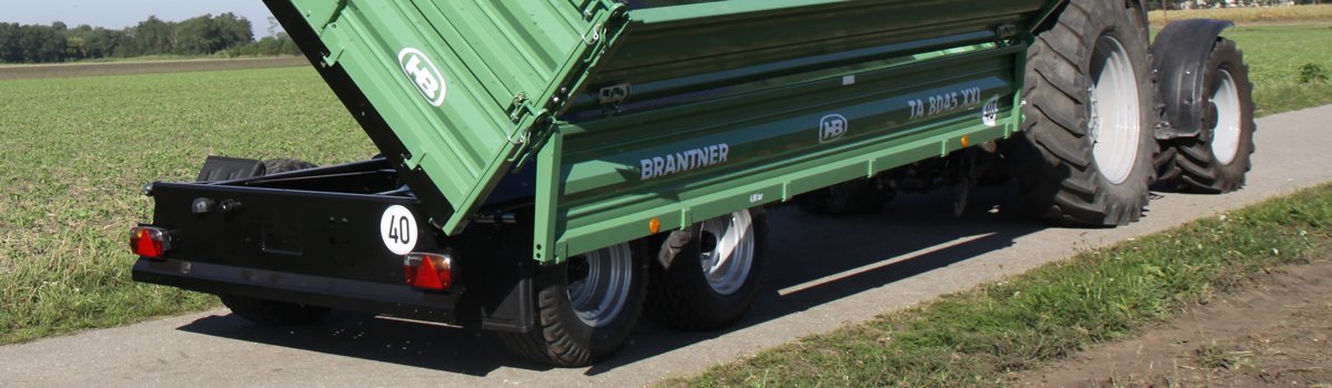 The TA8045XXL Tandem-threesidetipper produced by Brantner trailer and tipper production Austria.