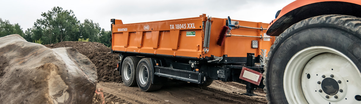 Brantner Sand- and gravel tipper.